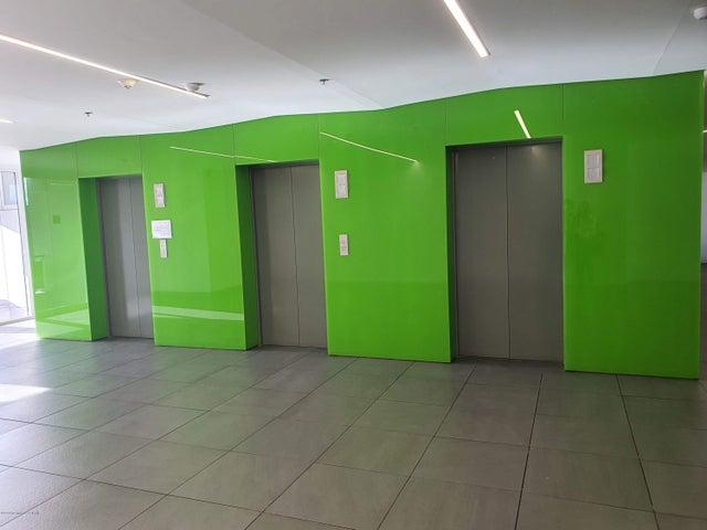 Oficina Bogota D.C.>Bogota>Mazuren - Arriendo:3.500.000 Pesos - codigo: 21-1053