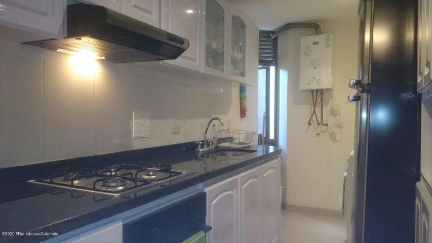 Apartamento Bogota D.C.>Bogota>Santa Barbara - Arriendo:2.450.000 Pesos - codigo: 21-1061