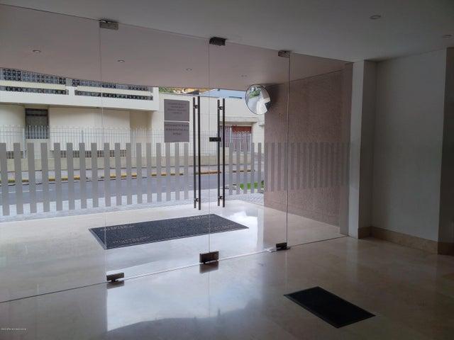 Oficina Bogota D.C.>Bogota>Chico - Venta:805.000.000 Pesos - codigo: 21-1077