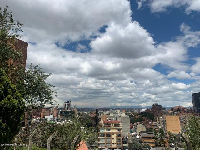 Apartamento Bogota D.C.>Bogota>Los Rosales - Arriendo:3.700.000 Pesos - codigo: 21-1115