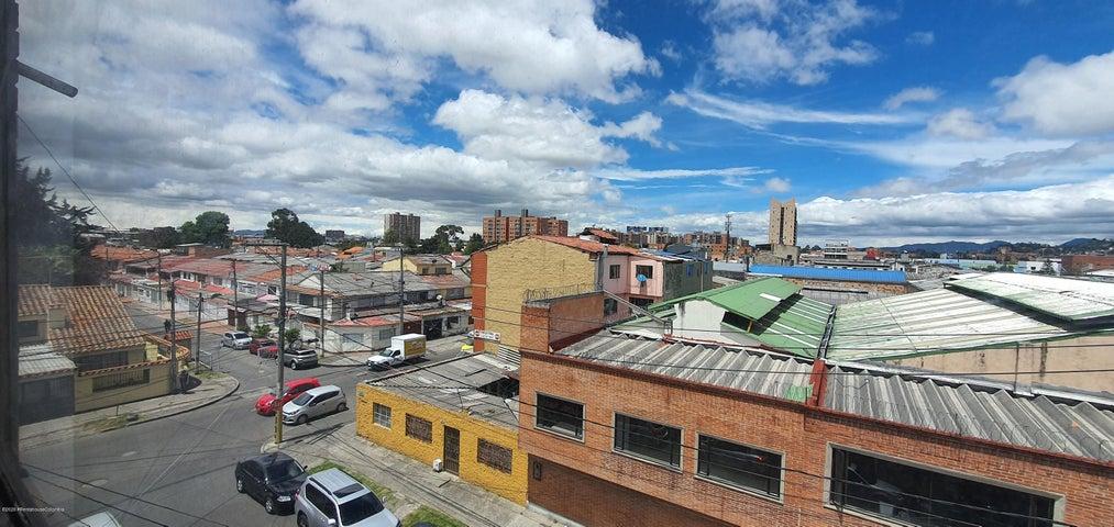 Apartamento Bogota D.C.>Bogota>Julio Flores - Venta:250.000.000 Pesos - codigo: 21-1119