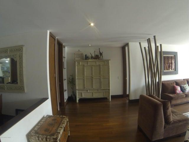 Apartamento Bogota D.C.>Bogota>Santa Paula - Arriendo:5.500.000 Pesos - codigo: 21-1129