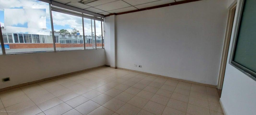 Bodega Bogota D.C.>Bogota>Los Alamos - Arriendo:4.700.000 Pesos - codigo: 21-1135