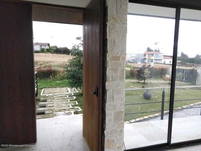 Casa Cundinamarca>Sopo>Villas de Yerbabuena - Venta:2.700.000.000 Pesos - codigo: 21-1142