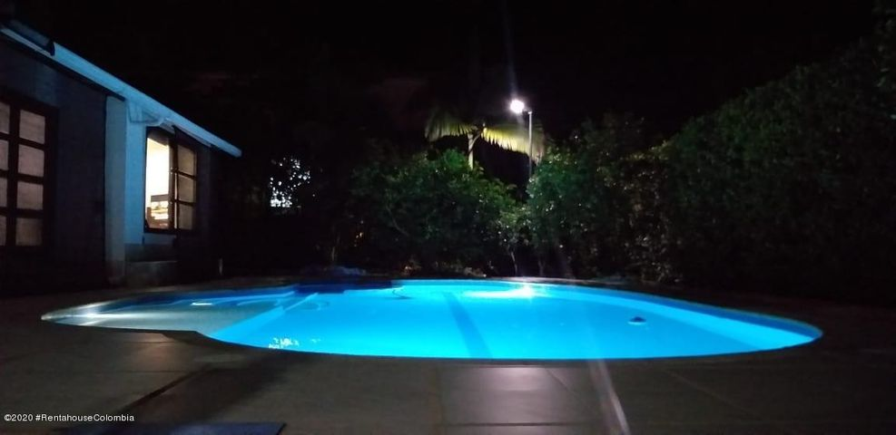 Casa Cundinamarca>La Mesa>Alta Vista - Venta:860.000.000 Pesos - codigo: 21-1153