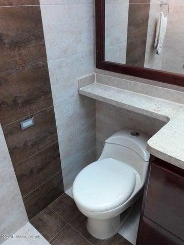 Casa Cundinamarca>La Mesa>Alta Vista - Venta:780.000.000 Pesos - codigo: 21-1153