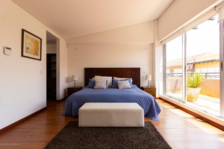 Casa Cundinamarca>Cajica>El Tejar - Venta:1.280.000.000 Pesos - codigo: 21-1204