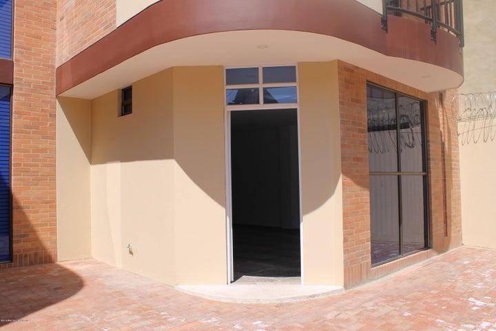 Casa Cundinamarca>Cajica>La Palma - Arriendo:2.500.000 Pesos - codigo: 21-1223