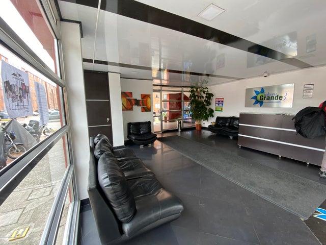 Apartamento Bogota D.C.>Bogota>Ferro Caja Fontibon - Venta:145.000.000 Pesos - codigo: 21-1226