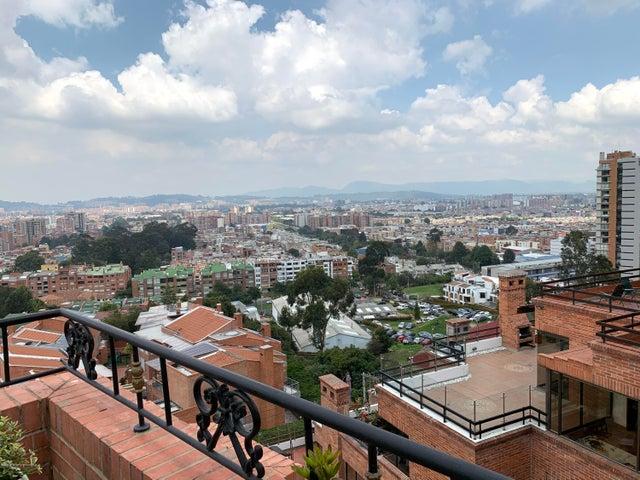 Apartamento Bogota D.C.>Bogota>Bosque de Pinos - Venta:2.000.000.000 Pesos - codigo: 21-1229