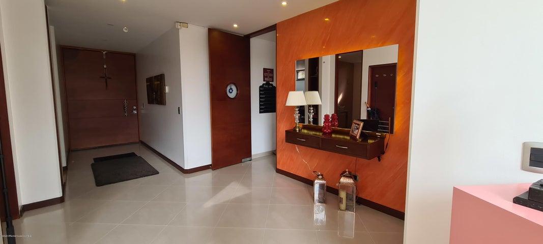 Casa Cundinamarca>Cajica>Vereda Calahorra - Venta:1.460.000.000 Pesos - codigo: 21-1248