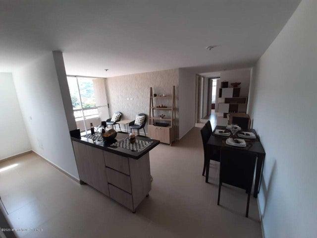 Apartamento Antioquia>Itagui>Ditaires - Venta:233.785.000 Pesos - codigo: 21-813