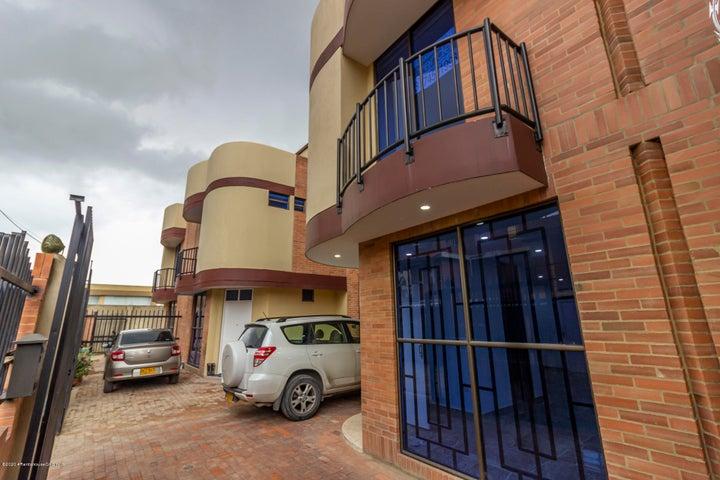 Casa Cundinamarca>Cajica>La Palma - Venta:480.000.000 Pesos - codigo: 21-196