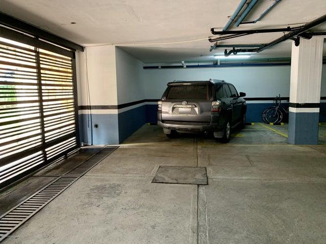 Apartamento Bogota D.C.>Bogota>Santa Barbara Alta - Venta:2.300.000.000 Pesos - codigo: 21-1321