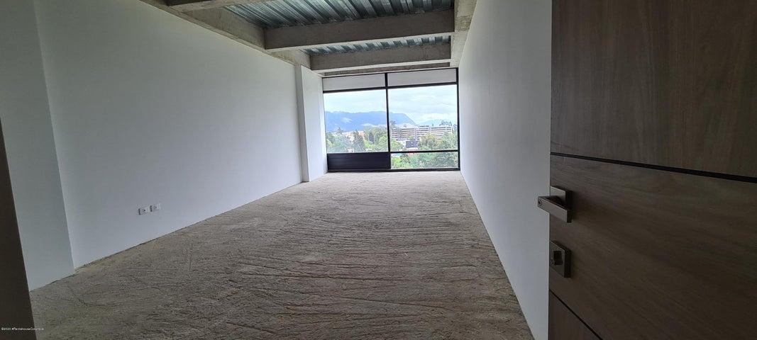 Oficina Cundinamarca>Cajica>Vereda Calahorra - Arriendo:2.250.000 Pesos - codigo: 21-1327