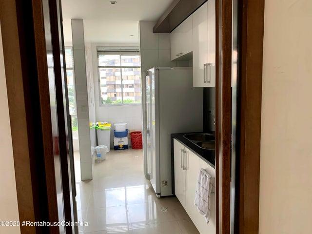Apartamento Bogota D.C.>Bogota>Santa Barbara Central - Venta:900.000.000 Pesos - codigo: 21-1353
