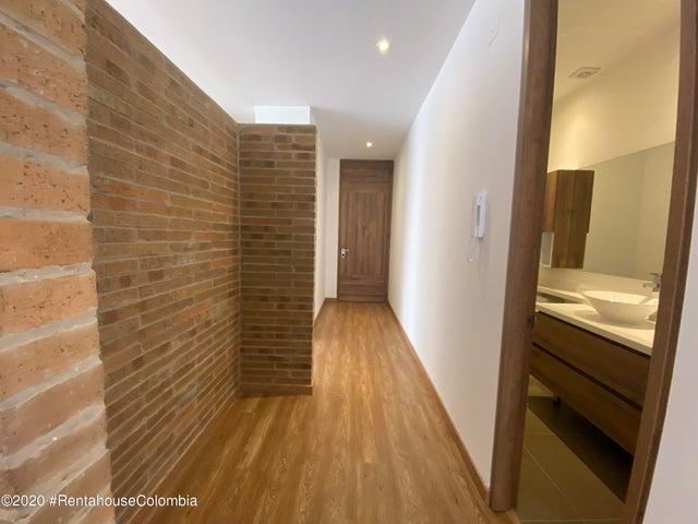 Apartamento Bogota D.C.>Bogota>Santa Barbara - Venta:1.300.000.000 Pesos - codigo: 21-1346