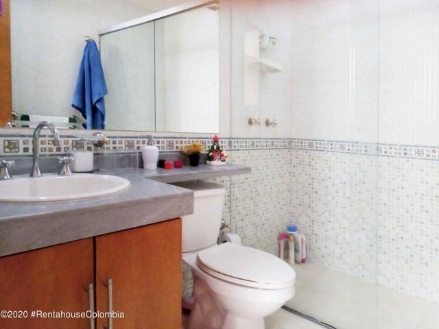 Casa Cundinamarca>Chia>Sabana Centro - Venta:680.000.000 Pesos - codigo: 21-1377