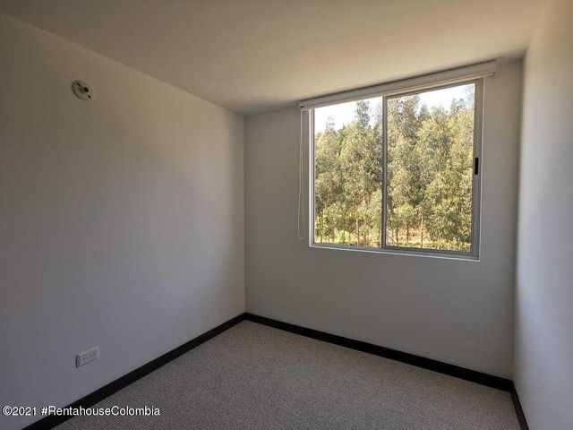 Apartamento Cundinamarca>Madrid>Hacienda Casablanca - Venta:185.000.000 Pesos - codigo: 21-1435