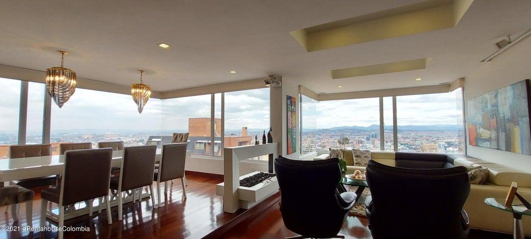 Apartamento Bogota D.C.>Bogota>El Refugio - Arriendo:6.500.000 Pesos - codigo: 21-1548