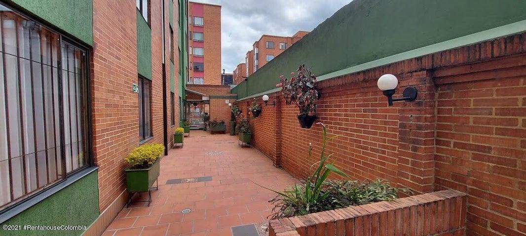 Apartamento Bogota D.C.>Bogota>Mazuren - Venta:240.000.000 Pesos - codigo: 21-1313