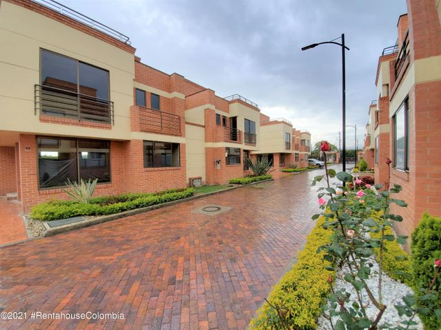 Casa Cundinamarca>Chia>Vereda Bojaca - Venta:770.000.000 Pesos - codigo: 21-1570