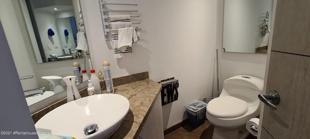 Apartamento Bogota D.C.>Bogota>Colina Campestre - Venta:800.000.000 Pesos - codigo: 21-1579