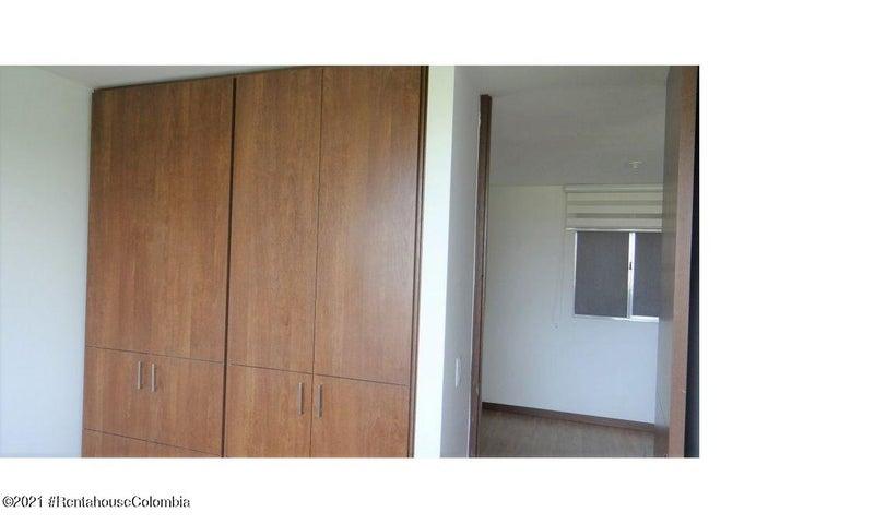 Apartamento Cundinamarca>Mosquera>Serrezuela - Venta:320.000.000 Pesos - codigo: 21-1588
