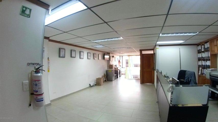 Oficina Bogota D.C.>Bogota>Chico - Arriendo:4.500.000 Pesos - codigo: 21-1589