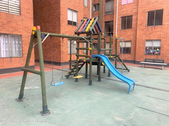 Apartamento Bogota D.C.>Bogota>Modelia - Venta:390.000.000 Pesos - codigo: 21-1602