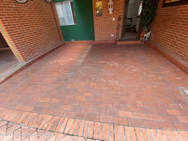 Casa Bogota D.C.>Bogota>Casa Blanca Suba - Venta:870.000.000 Pesos - codigo: 21-1614