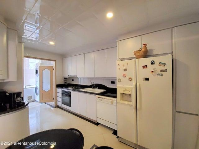 Apartamento Bogota D.C.>Bogota>Santa Barbara - Venta:960.000.000 Pesos - codigo: 21-1633