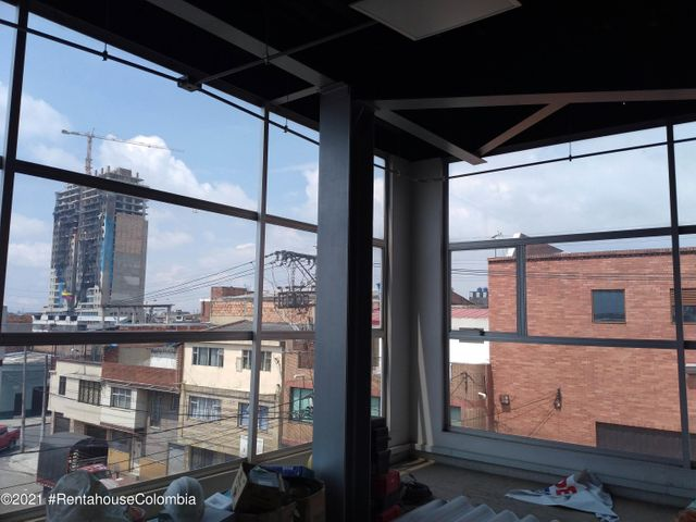 Bodega Bogota D.C.>Bogota>El Progreso - Venta:900.000.000 Pesos - codigo: 21-1642