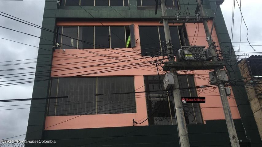 Local Comercial Bogota D.C.>Bogota>Centenario - Arriendo:2.000.000 Pesos - codigo: 21-1708