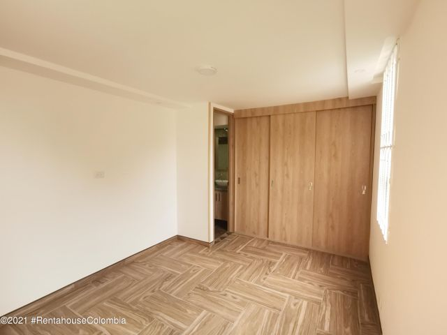 Apartamento Cundinamarca>Madrid>Hacienda Casablanca - Venta:165.000.000 Pesos - codigo: 21-1725
