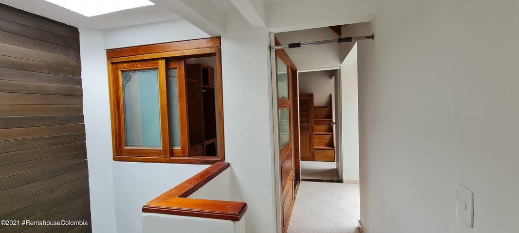Casa Antioquia>Rio Negro>Fontibon - Arriendo:2.000.000 Pesos - codigo: 21-1761