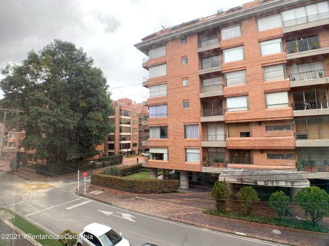 Apartamento Bogota D.C.>Bogota>La Carolina - Arriendo:2.350.000 Pesos - codigo: 21-1765