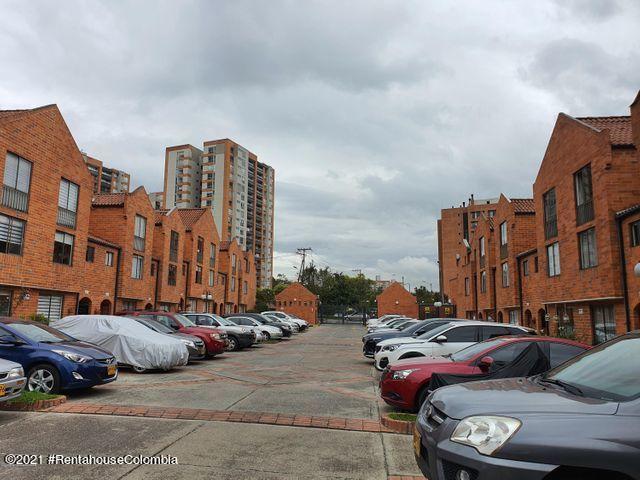 Casa Bogota D.C.>Bogota>Portales Del Norte - Venta:480.000.000 Pesos - codigo: 21-1833