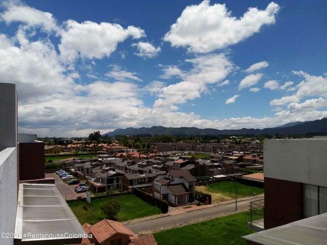 Apartamento Cundinamarca>Cajica>La Estacion - Venta:360.000.000 Pesos - codigo: 21-1858