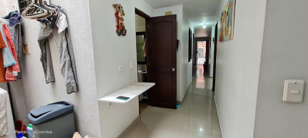 Apartamento Antioquia>Envigado>Las Flores - Venta:320.000.000 Pesos - codigo: 21-1901