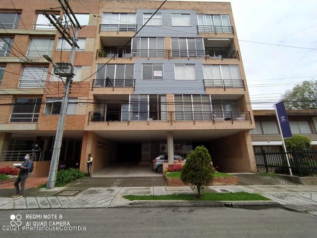 Apartamento Bogota D.C.>Bogota>Santa Paula - Venta:800.000.000 Pesos - codigo: 21-1948