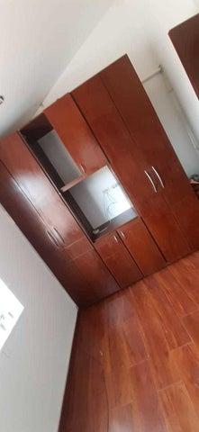Casa Bogota D.C.>Bogota>Portales Del Norte - Arriendo:1.500.000 Pesos - codigo: 21-1958