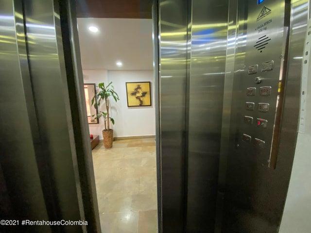 Apartamento Bogota D.C.>Bogota>Chico - Venta:550.000.000 Pesos - codigo: 21-943