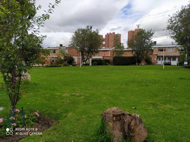 Casa Bogota D.C.>Bogota>Ciudad Jardin Norte - Venta:920.000.000 Pesos - codigo: 21-1969