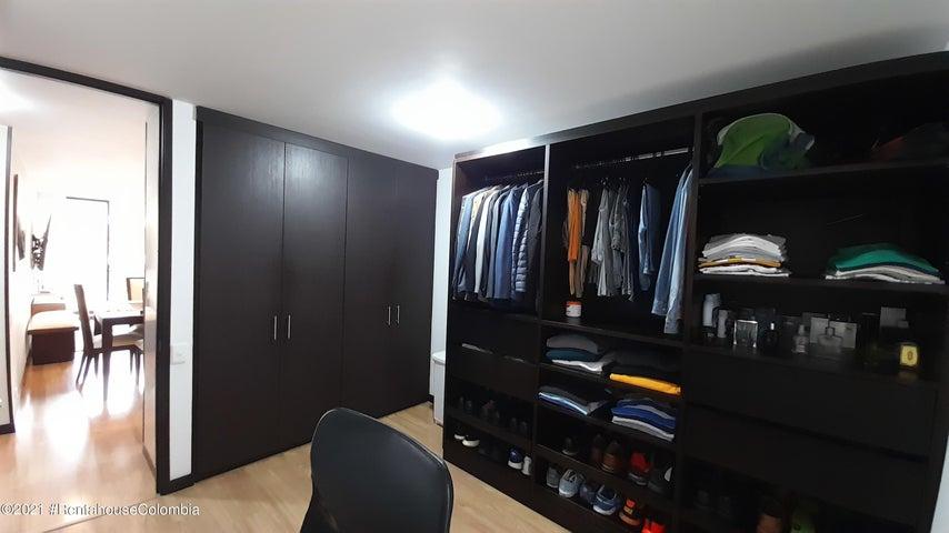 Apartamento Bogota D.C.>Bogota>Nueva Autopista - Venta:540.000.000 Pesos - codigo: 21-2002
