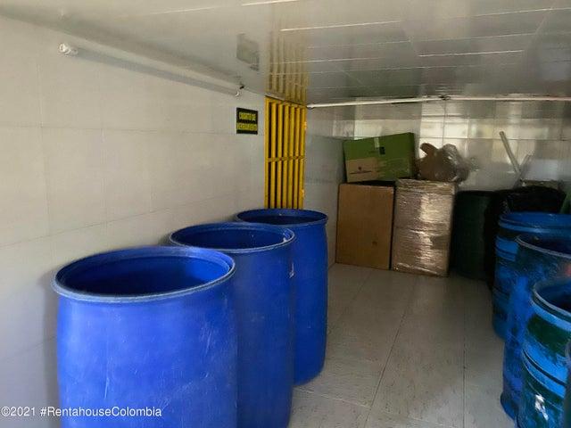 Apartamento Bogota D.C.>Bogota>Santa Barbara Central - Arriendo:3.200.000 Pesos - codigo: 21-2017