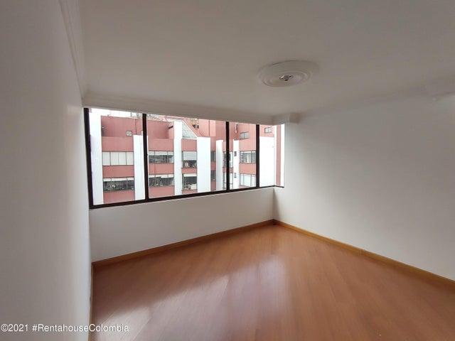 Apartamento Bogota D.C.>Bogota>Country Club - Venta:900.000.000 Pesos - codigo: 21-2025