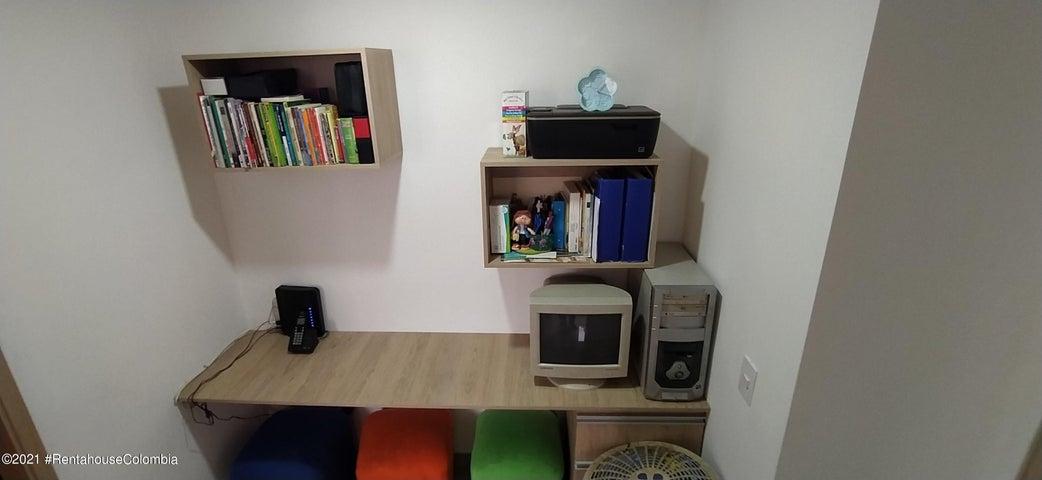 Apartamento Antioquia>Sabaneta>La Doctora - Venta:285.000.000 Pesos - codigo: 21-2042