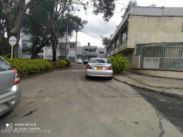 Oficina Bogota D.C.>Bogota>San Felipe - Arriendo:900.000 Pesos - codigo: 21-2046