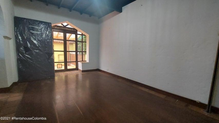 Casa Bogota D.C.>Bogota>Cedritos - Venta:900.000.000 Pesos - codigo: 21-2052